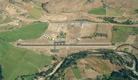 methow airport 450